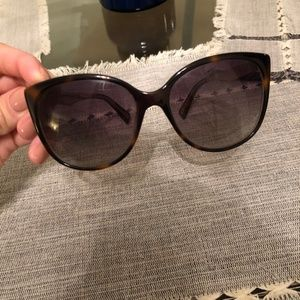 Marc Jacobs Cateye Sunglasses w/ Case
